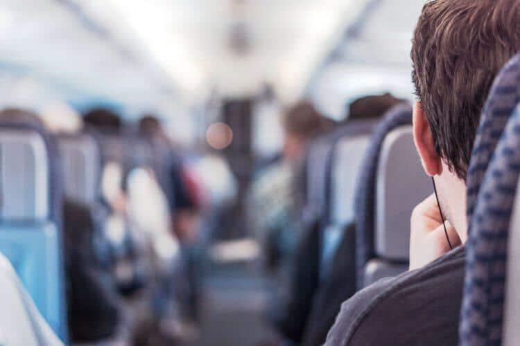 ישיבה במטוס
