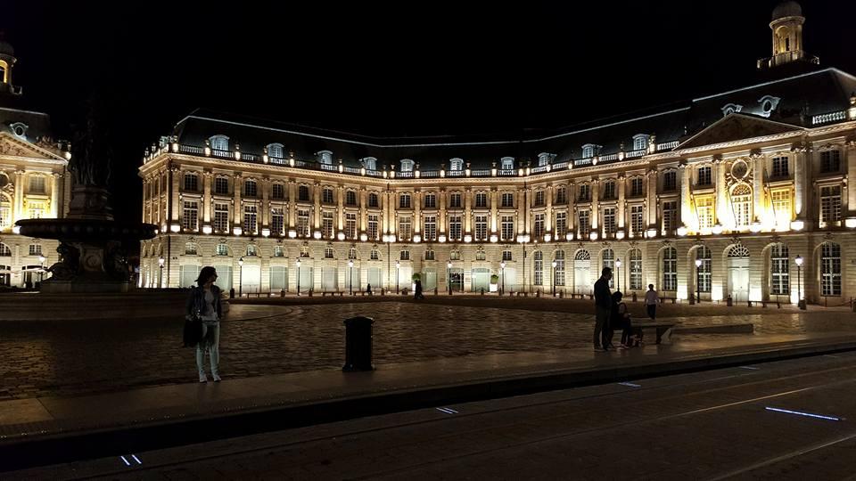 כיכר Place de la Bourse