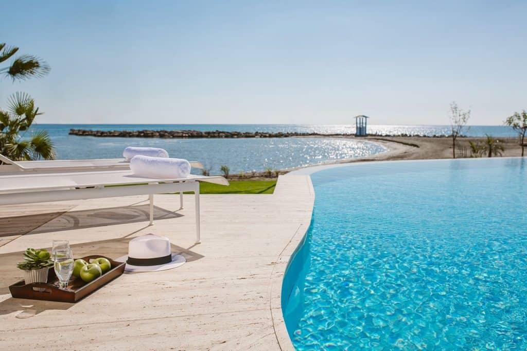 מלון Lebay Beach Hotel