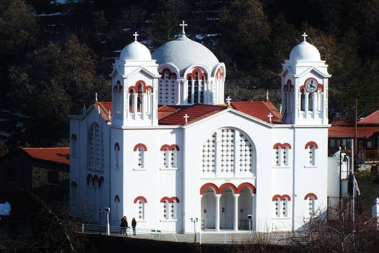 כנסייה בכפר Pedoulas