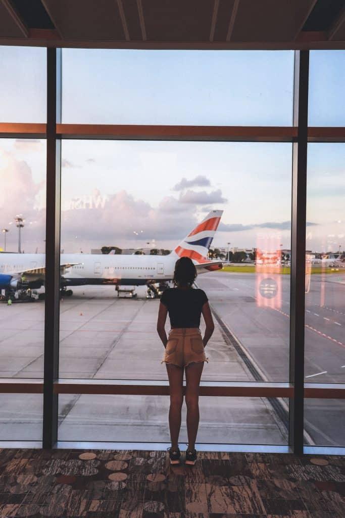 איחור ועיכוב בטיסה