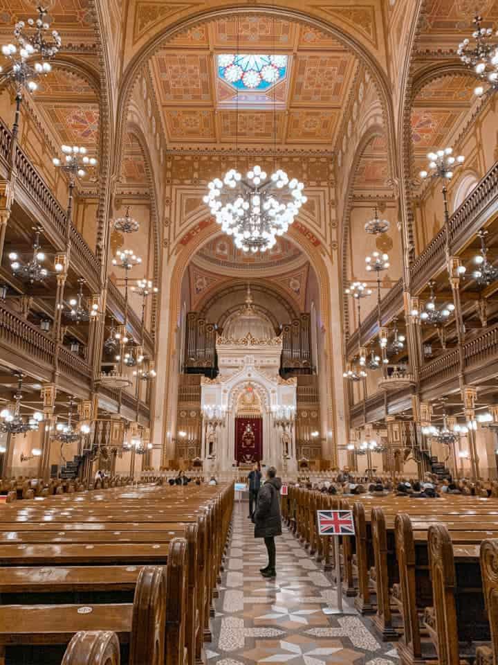 בית הכנסת הניאולוגי מבט מבפנים