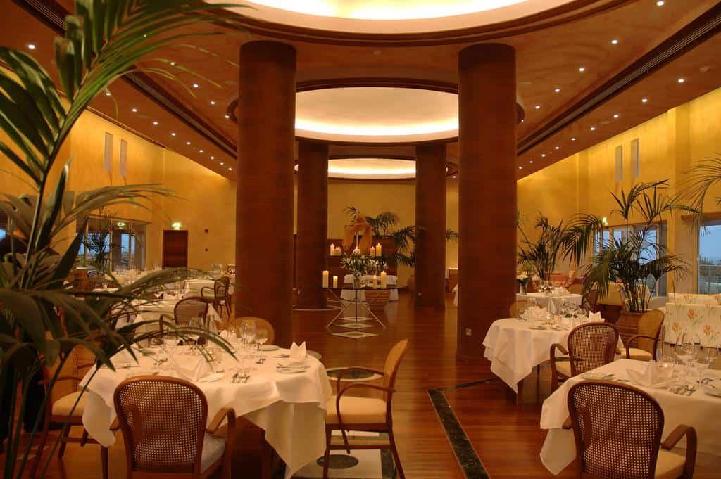 חדר האוכל של המלון
