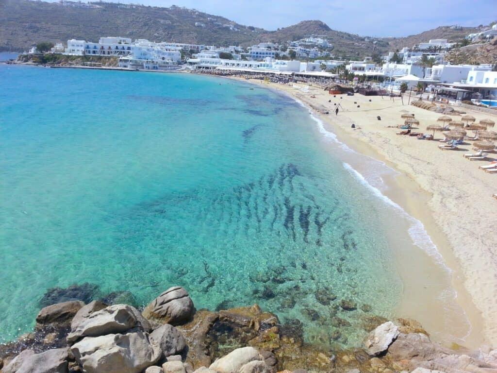 חוף Platys Gialos מיקונוס